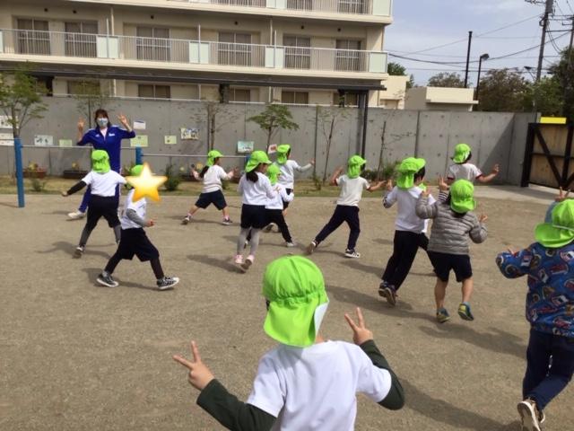幼児クラス「体育指導」(もも、ぶどう、すいか組)